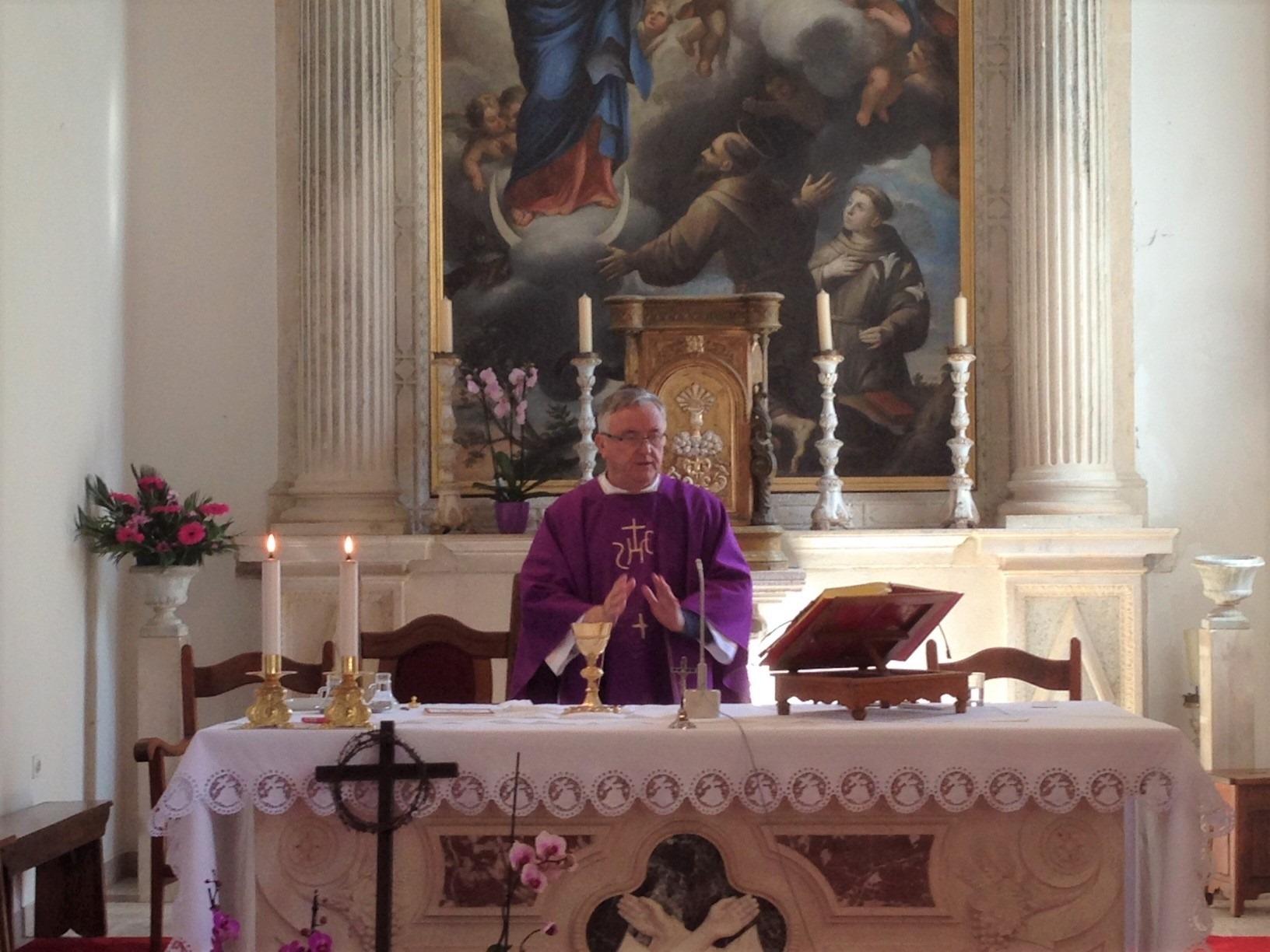 Imali smo prijenos mise uživo iz naše crkve u Rožatu, 29. III. 2020.